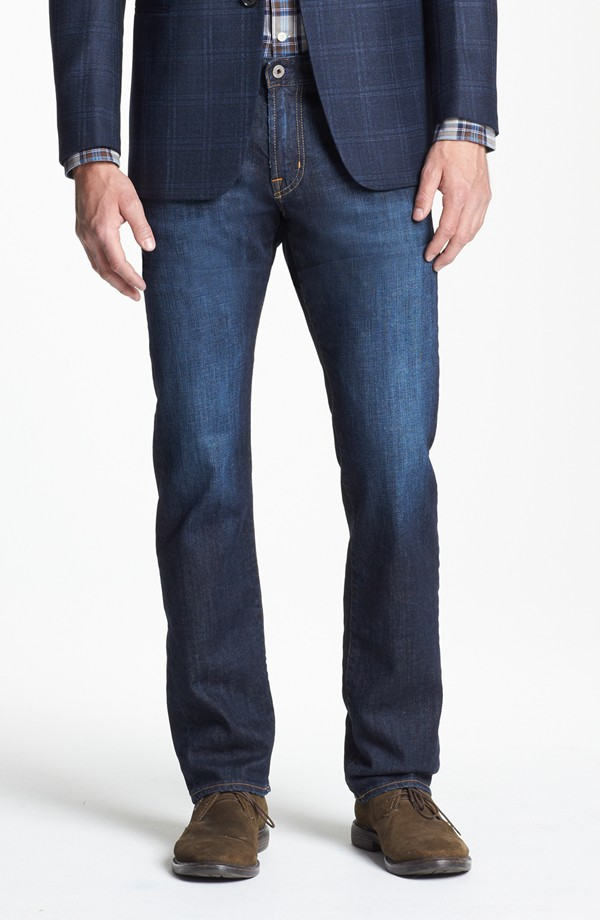 About Men's Pants Whatever style of men's pants you're shopping for—from comfortable sweats, rugged utility pants, cargo pants, jeans, chinos and wrinkle-free dress khakis—your Original Outdoor Outfitter® is the best place to begin.