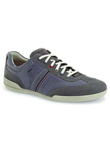 mens lace up sneaker