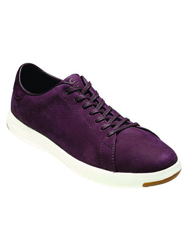 mens tennis shoe